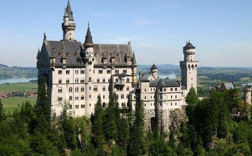 фото замка Нойшванштайн в Баварии