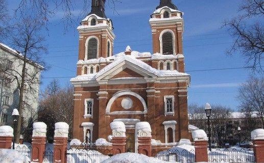фото Александровского костела в Кирове