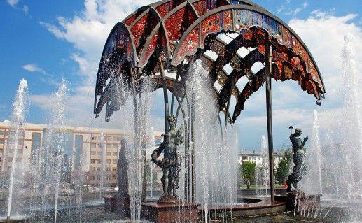 фото тюменского цветного бульвара