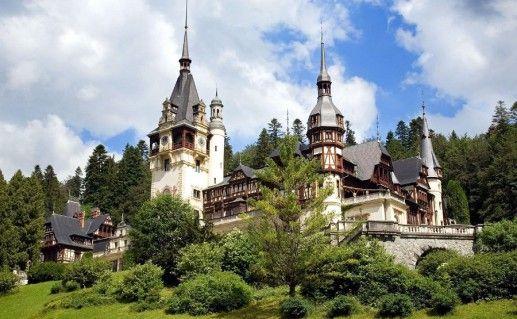 фотография дворца Пелеш в Румынии