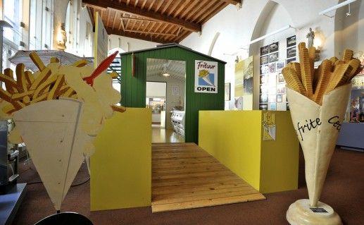 брюггский музей картофеля фри фото