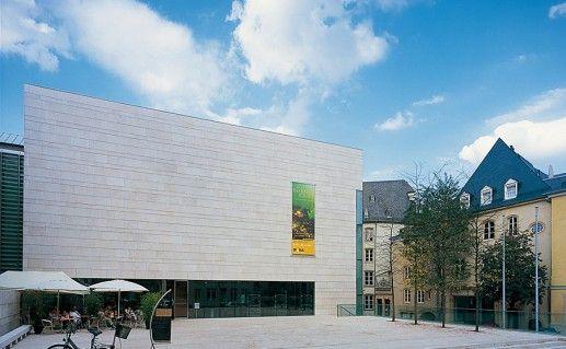 национальный музей истории и искусства в Люксембурге фото