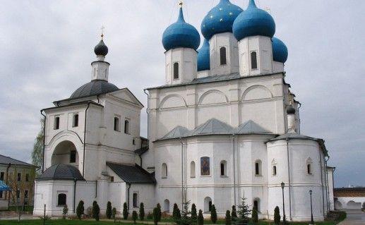 Серпуховский Высоцкий мужской монастырь в Подмосковье фотография