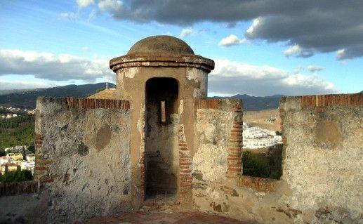 фотография замка Гибральфаро в Малаге