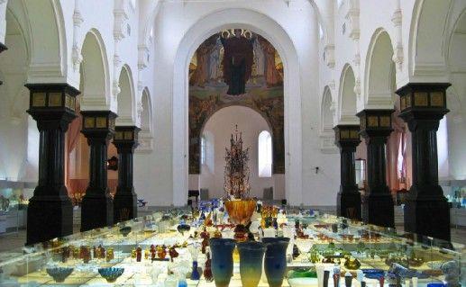 фотография вида внутри музей хрусталя в Гусь-Хрустальном