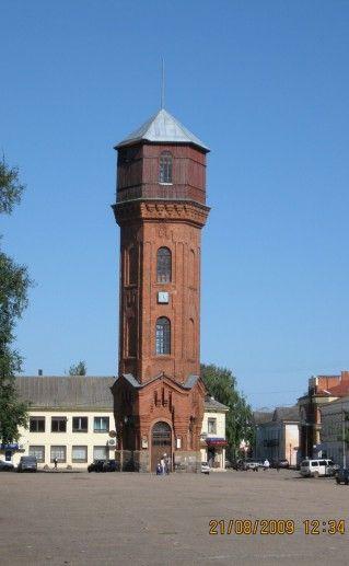 Фотография башни в Старой Руссе