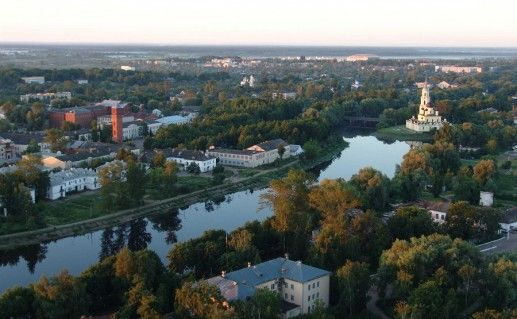 Вид с верху на Старую Руссу фото