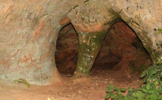 чертова пещера в Сигулде фотография