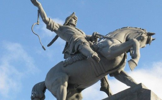 фото конного памятника Салавату Юлаеву в Уфе