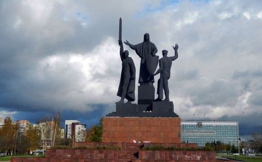 фотография памятника героям тыла и фронта в Перми