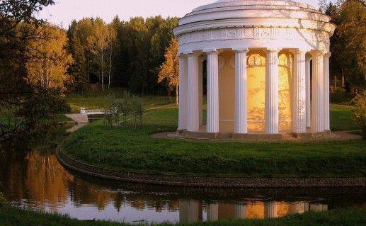 фотография Храма дружбы в Павловске