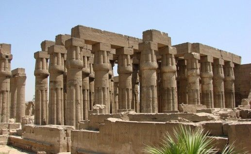 храм Луксор в Египте фото