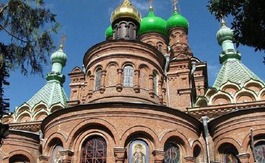 собор Троицы Живоначальной в Краснодаре фото