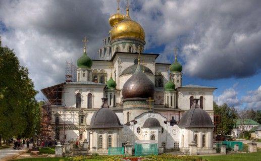 фото Новоиерусалимского монастыря в Истре