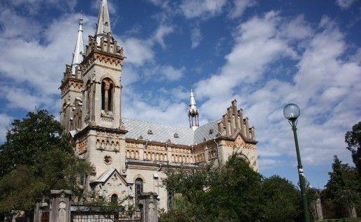 фотография собора Пресвятой Богородицы в Батуми