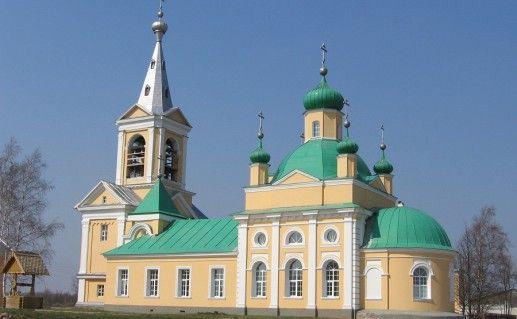 фотография Введено-Оятского монастыря в Ленинградской области