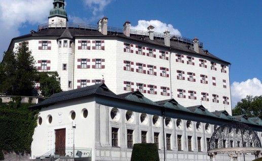 австрийский замок Амбрас фотография