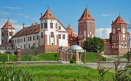 Мирский замок в Белоруссии фото