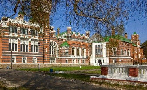 фото Шереметевского замка в России