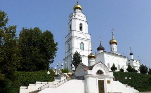 фото вяземского Свято-Троицкого собора