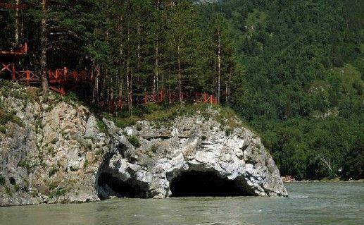 фотография Талдинских пещер в Горном Алтае