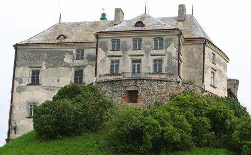 украинский Олесский замок фото
