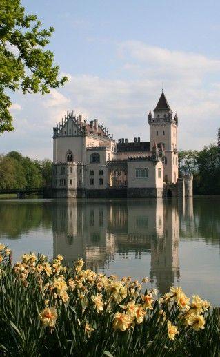 замок Аниф в Австрии фото