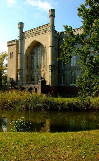 фото вида на польский замок Курник