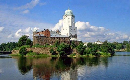фотография Выборгского замка в России