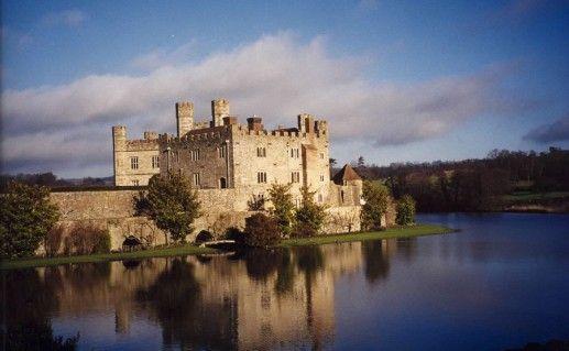 фотография вида на замок Лидс в Англии
