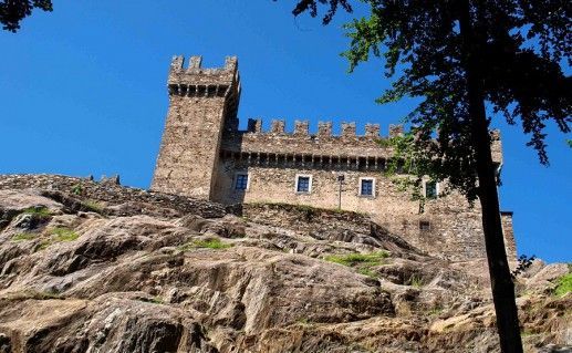 лихтенштейнский замок Сассо Корбаро фотография