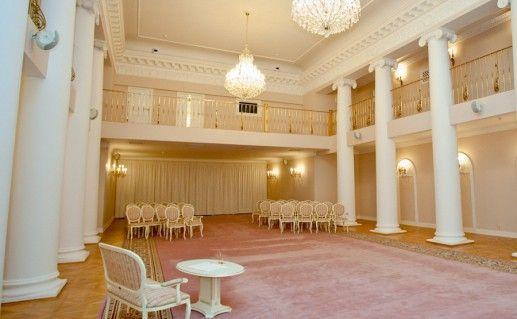 зал регистрации в петербургском Дворце бракосочетаний №3 фотография