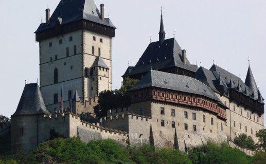 фото замка Карлштейн в Чехии