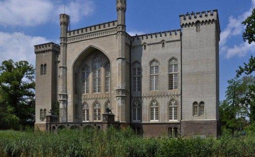 замок Курник в Польше фотография