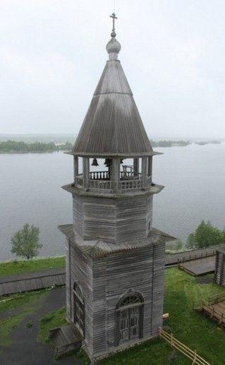 Шатровая колокольня Кижского погоста фото