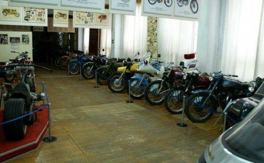 Государственный музей мотоциклов Свердловской области фото