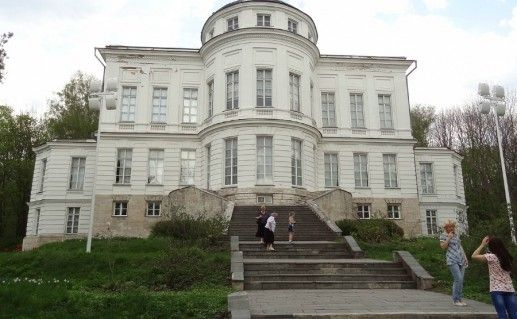 Фото историко-мемориальный комплекс-музей «Бобрики» в Тульской области