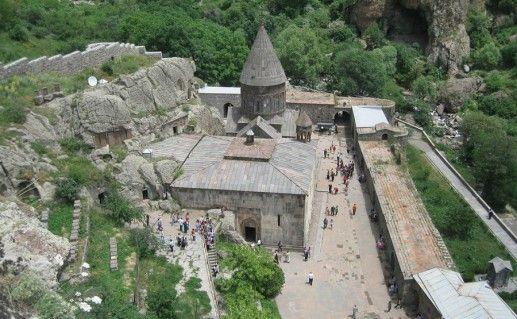 Монастырь Гегард Армения фотография