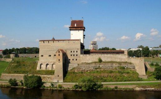 Нарвский замок Германа фото