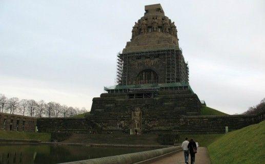 Памятник битве народов Лейпциг фотография