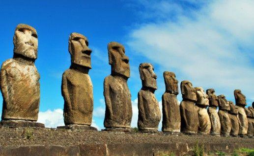 Памятники Моаи фото