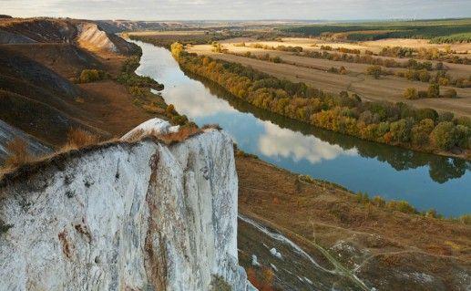 Сторожевские меловые скалы фотография