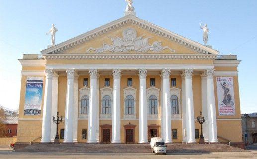 Театр оперы и балета имени М.И. Глинки в Челябинске фото