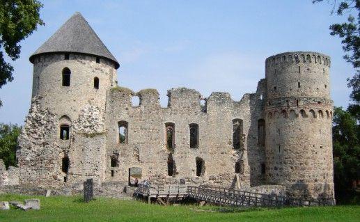 Венденский замок фотография