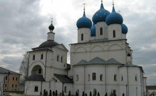 Фото Высоцкий монастырь в Серпухове