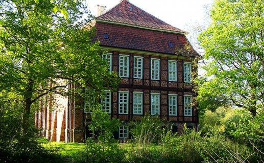 Замок-музей Шёнебек в Бремене фото