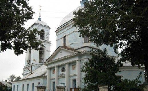 Знаменская церковь в Тихвине фотография