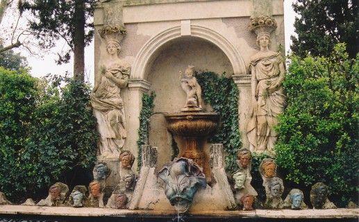 фотография замка-музея Гала в Жироне