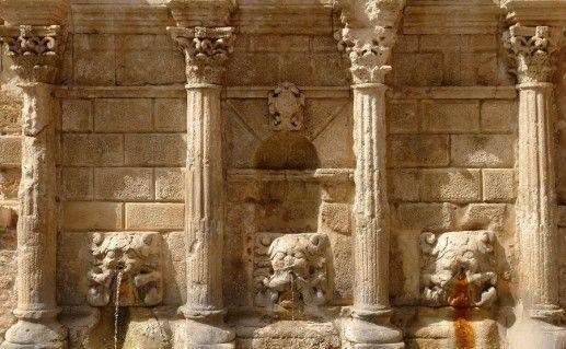 фото фонтана Римонди в Ретимно