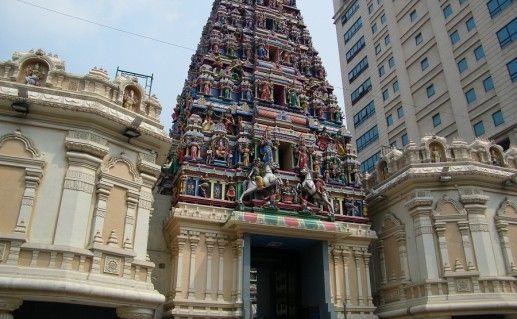 фото Храма Шри Махамариамман в Куала-Лумпуре